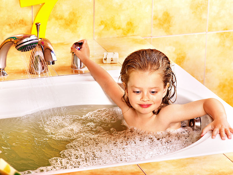 Safe Bathing With Kids