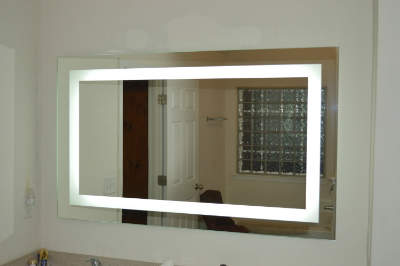 Lighted Vanity LED Mirror
