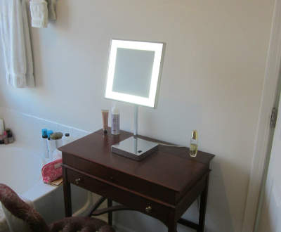 Vanity Or Table Top Lighted Mirror. Best Lighted Vanity Mirror Reviews in 2017